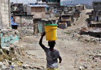 La moitié des Haïtiens utilisent de l`eau contaminée