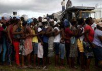 Haïti: désorganisation de l'aide, camps informels et bousculades (REPORTAGE)