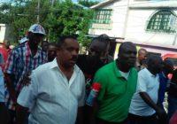 Des OP`s lavalas annoncent la reprise des manifs contre le «coup d`état électoral»!
